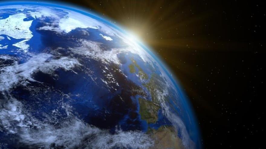 El solsticio de verano se produce cuando la Tierra está más próxima al Sol