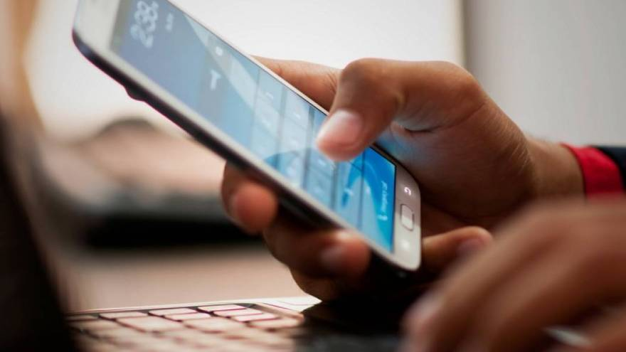 Al cierre de 2020 se anticipa la caída más abrupta de la producción de celulares en Tierra del Fuego