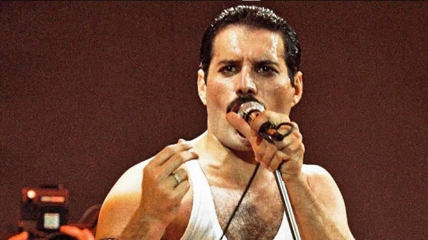 Freddie Mercury en pleno éxito con Queen