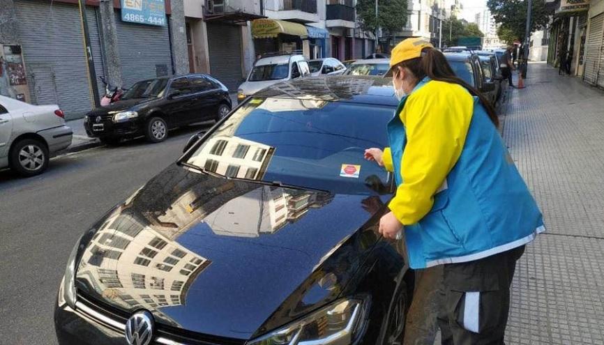 Venta de autos usados: hay que conocer el estado de las multas.