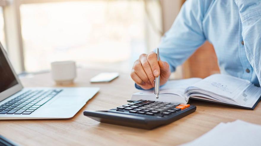 Las tareas contables se pueden realizar desde casa sin impedimentos.
