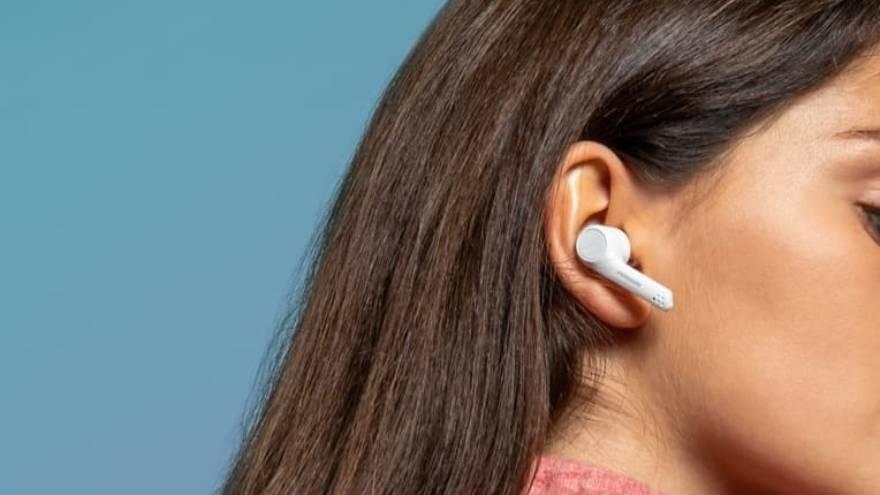 Los auriculares inalámbricos pueden ser un regalo para mamás tecnológicas
