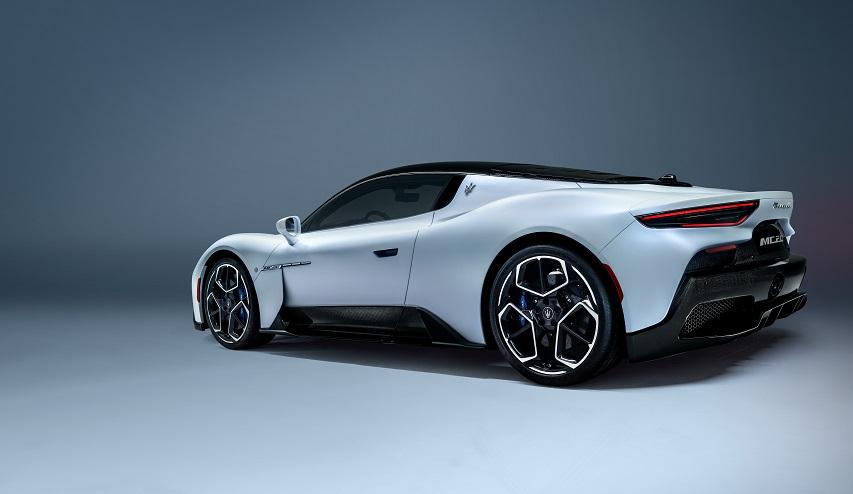 Nuevo Maserati MC20, llamativo por todos lados.