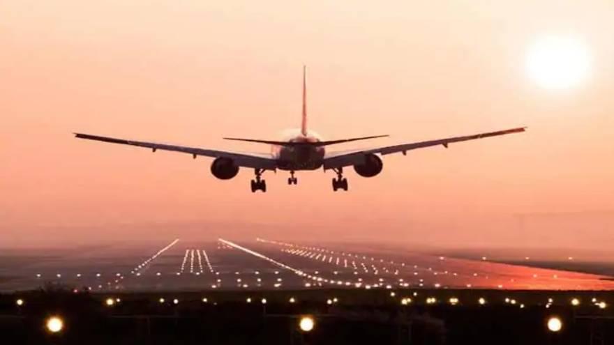 Pese a que se habilitó parcialmente el turismo, la cantidad de vuelos se encuentra restringida