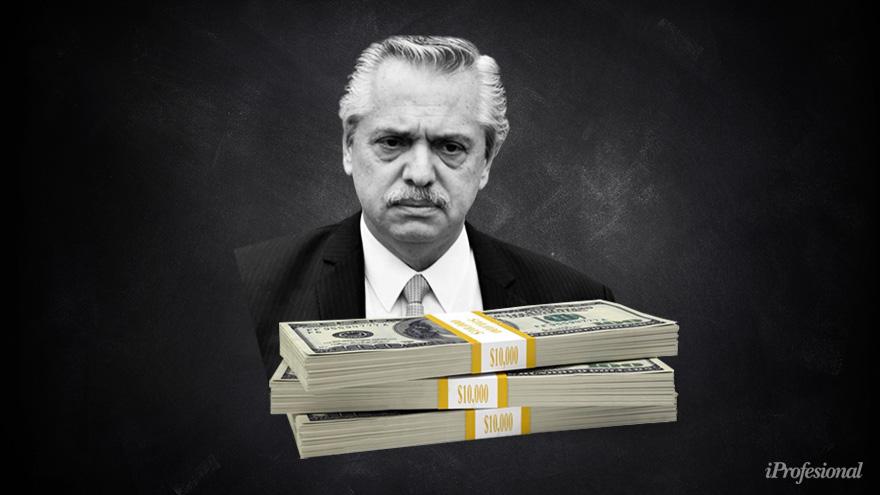 El triunfo de Alberto Fernández en las PASO del año pasado disparó una salida abrupta de dólares de los bancos