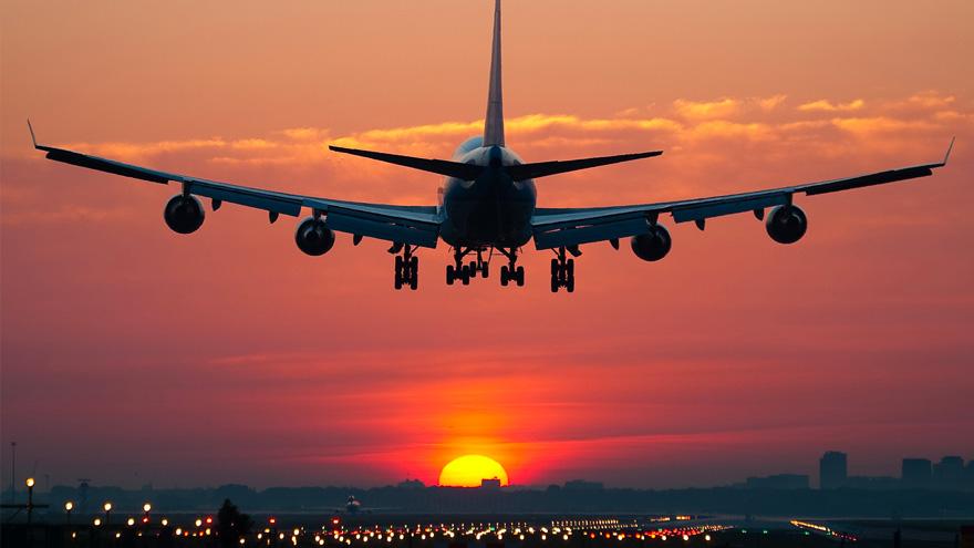 La aerolínea suspendió sus