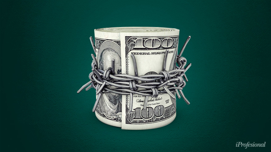 El cepo está forzando a la gente a comprar dólar blue.