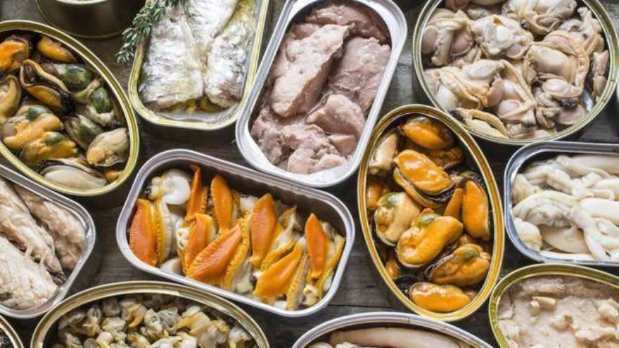 Las conservas de mariscos y pescados son muy frecuentes