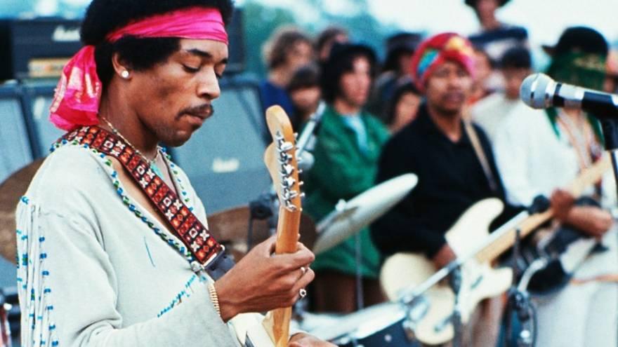 Jimi Hendrix tocó en Woodstock un año antes de su muerte
