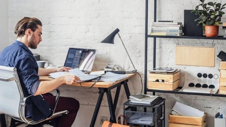 La modalidad del trabajo de oficina en casa creció en forma exponencial por la pandemia.