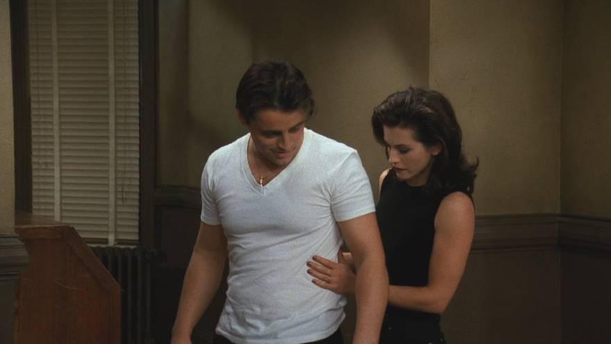 Monica y Joey iban a terminar juntos, pero el guión fue cambiando
