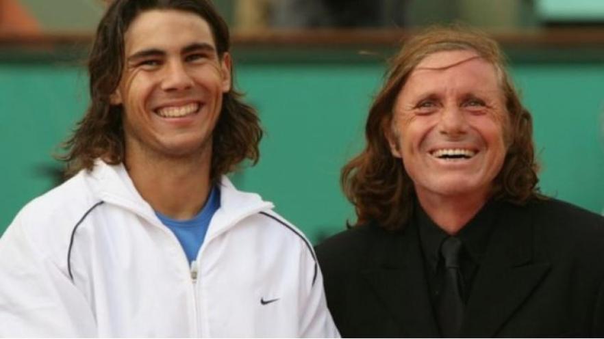 El documental cuenta con testimonios de destacadas personalidades del mundo del tenis, como Rafael Nadal