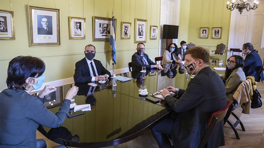 Reunión del gabinete económico. Kulfas fue el vocero.