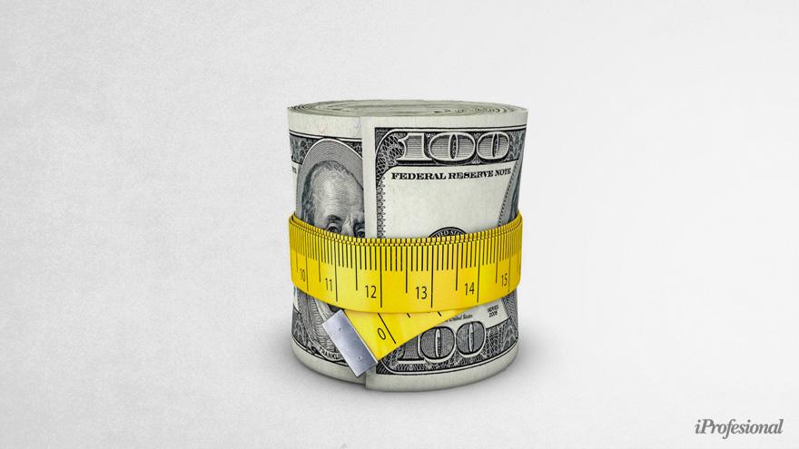 La brecha cambiaria continúa por encima del 100%
