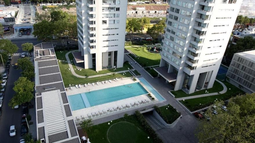 Los contagios vienen redefiniendo los criterios de espacios comunes en los complejos de viviendas.
