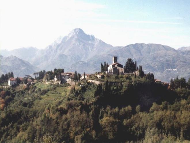 La Garfagnana, una zona rica en bosques y espejos de agua