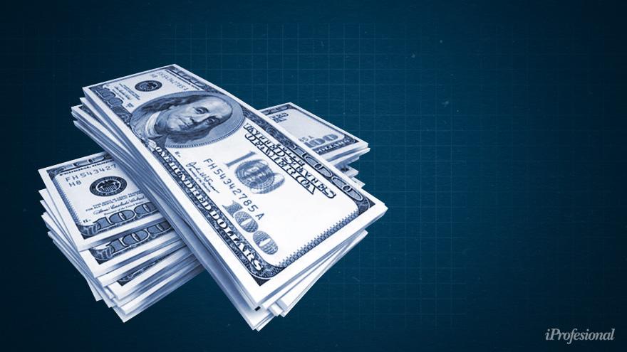 Compra de dólar blue: ¿Configura delito penal cambiario?