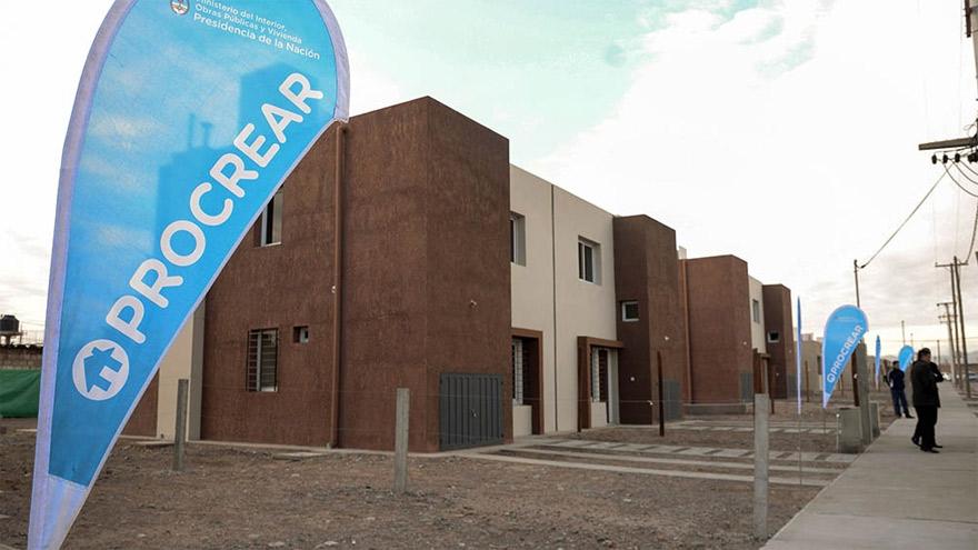 La nueva instancia del programa Procrear 2020 apunta a la construcción de viviendas en lotes con servicios.