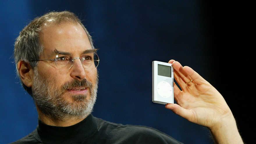 Steve Jobs presentó el iPod