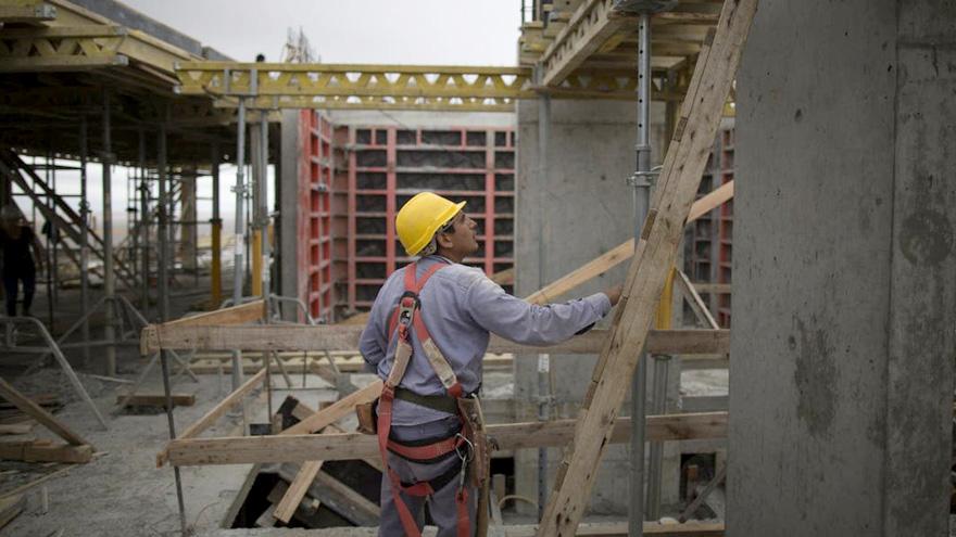 Para el Presidente, la construcción ayudará a recuperar la economía