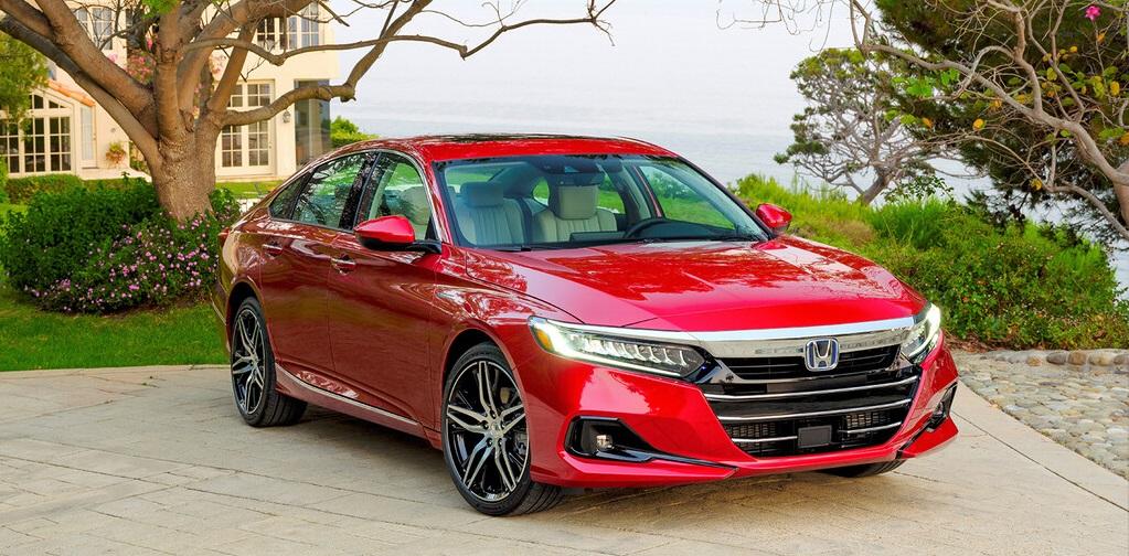 Honda Accord, con una nueva parrilla.