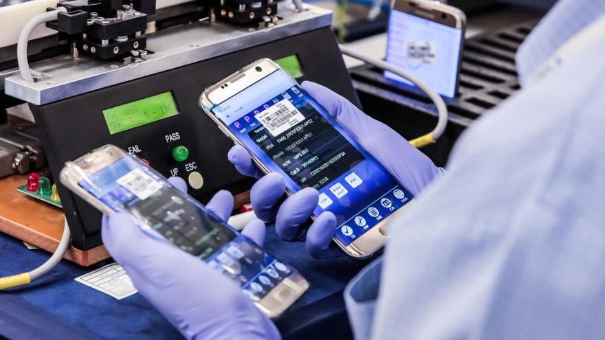 En Tierra del Fuego se producen todas las gamas de celulares.