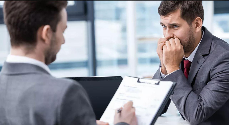 Extenderse demasiado o no dejar información de contacto son los errores más comunes de cómo hacer un currículum