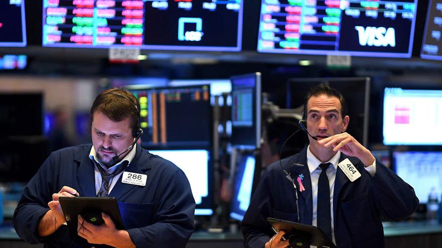 Los ADRs argentinos ganaron hasta 23% este lunes y los bonos treparon hasta 4% en una gran jornada