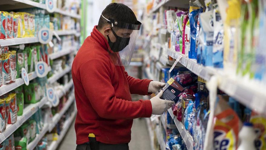 El consumo masivo sigue cayendo