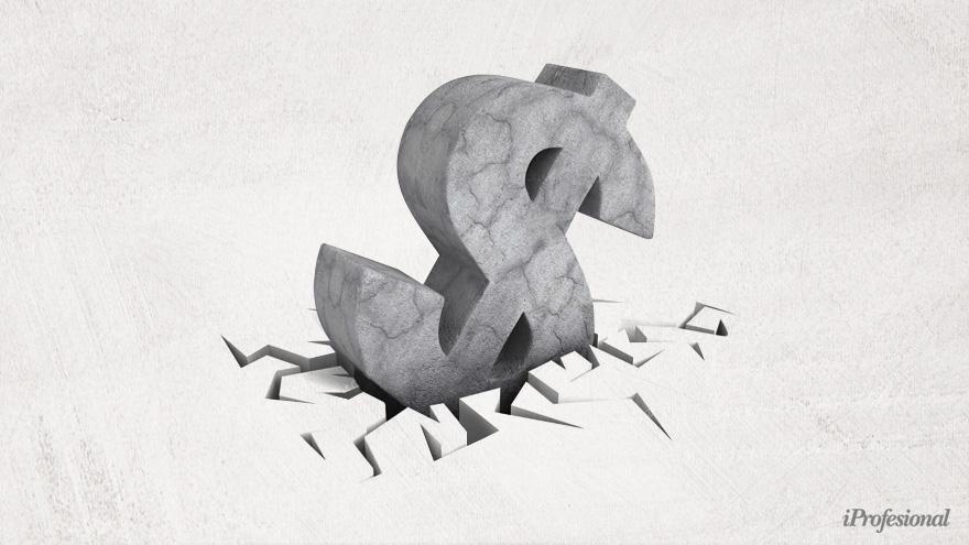 La dolarización anula la posibilidad de hacer política monetaria