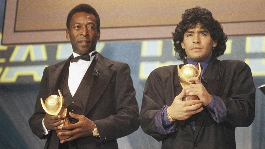 Pelé y Maradona en el año 1986.
