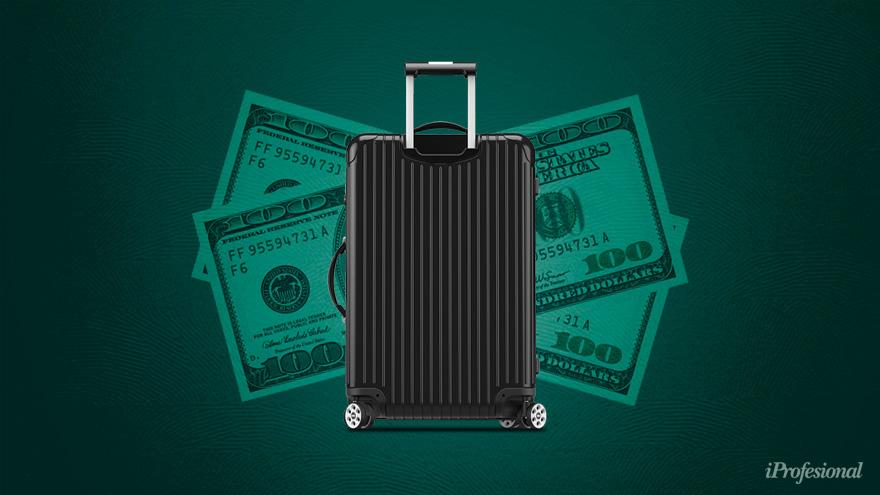 La llegada de turistas podría aliviar la cotización del dólar blue.