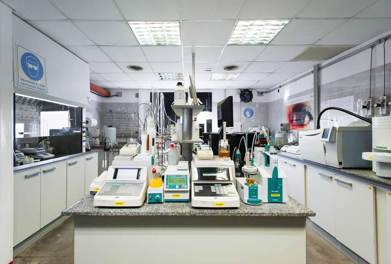En el laboratorio de Explora se realizan diversas investigaciones para encontrar materia prima para los biocombustibles