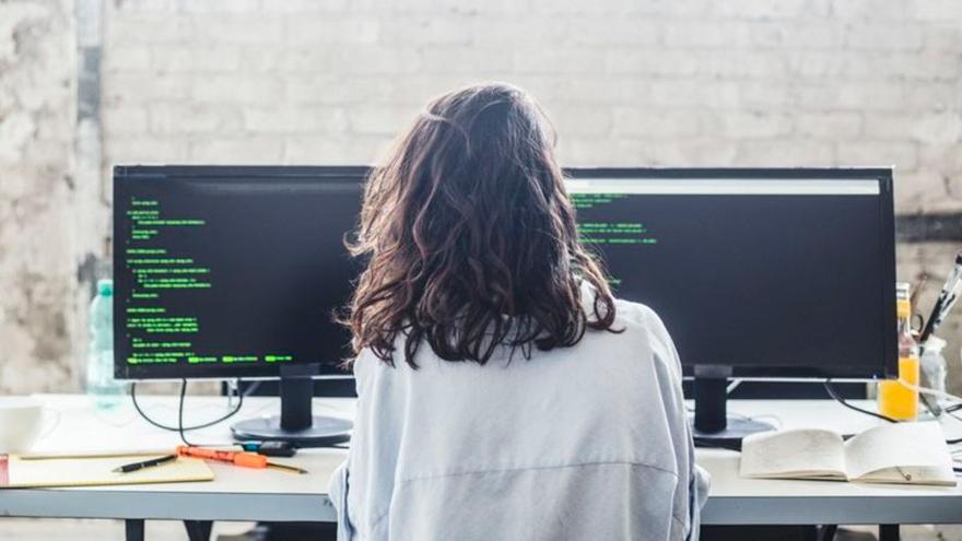 Cada vez que se elimina un procedimiento técnico confuso ganan los usuarios pero también los desarrolladores.