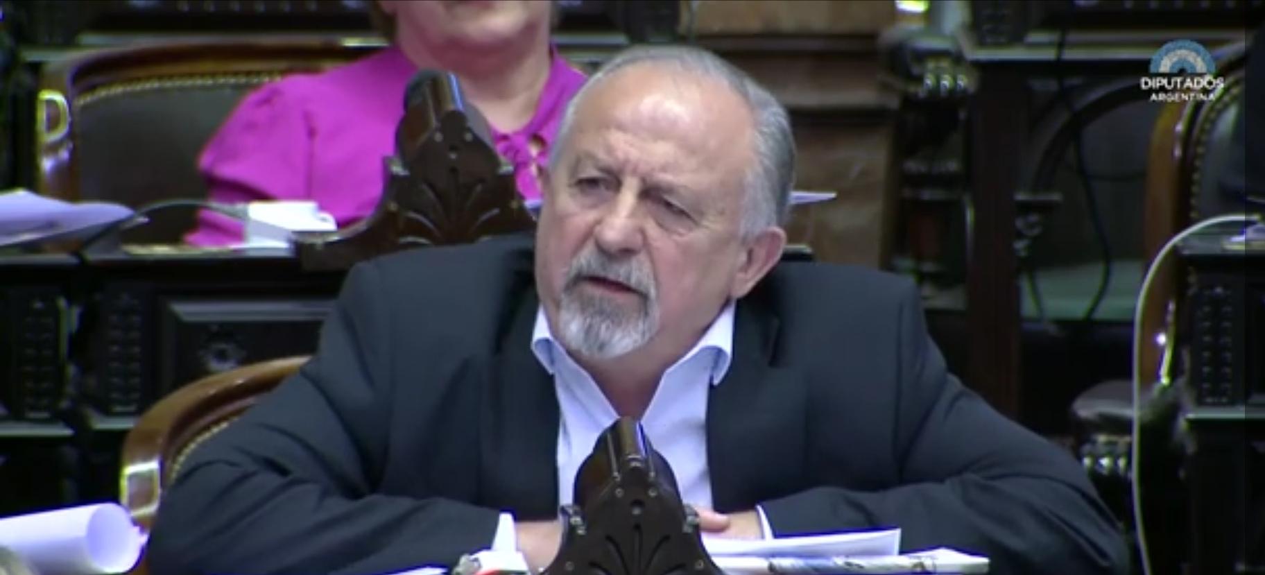 El legislador Hugo Yasky debatiendo en el congreso