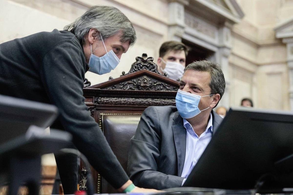 El oficialismo, liderado por Máximo Kirchner y Sergio Massa, logró imponer la nueva fórmula criticada por la oposición