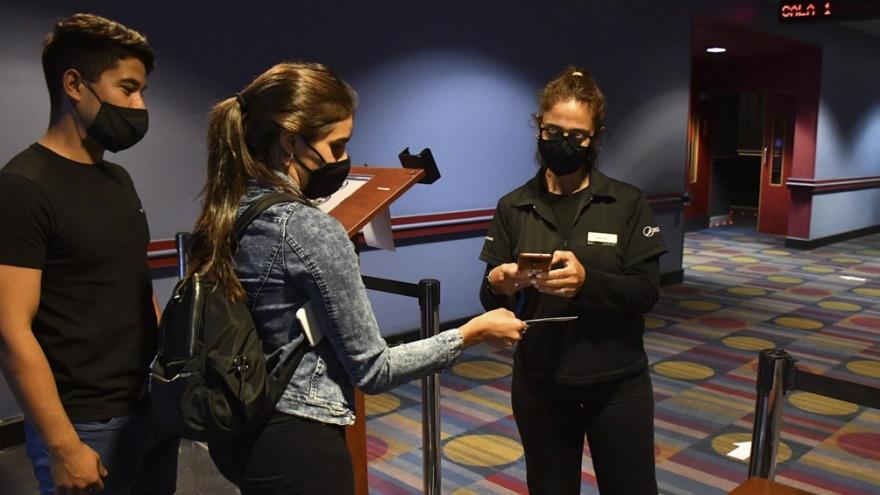 Para la reapertura de los cines se buscará digitalizar la experiencia desde la compra de entradas