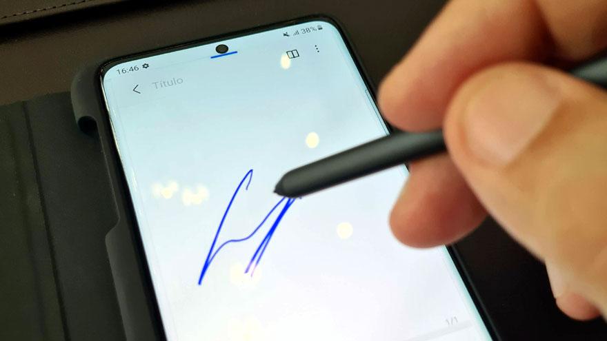 Lápiz óptico en el Samsung Galaxy S21 Ultra.