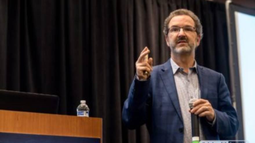 James Mault, el CEO de la compañía que desarrolló este dispositivo