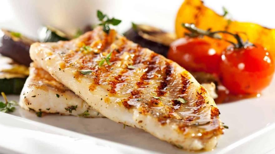 Qué comidas son saludables: pescado a la plancha