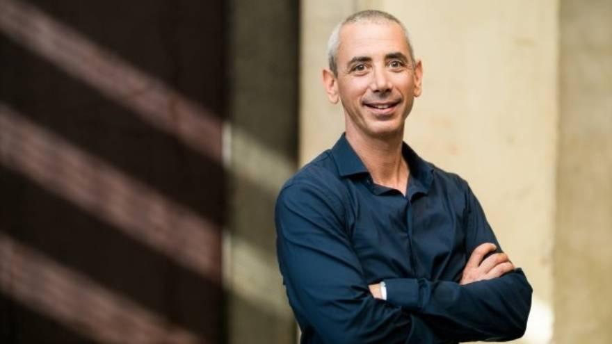 Steven Kotler es el autor de este podcast acerca de optimismo y rendimiento