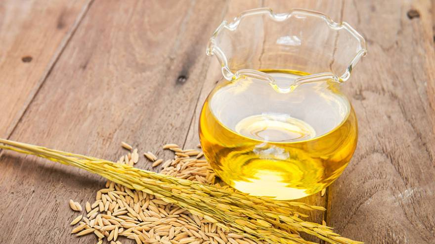 El aceite de germen de trigo contiene vitaminas D y E, entre otros nutrientes