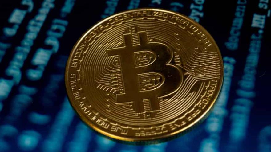 Bitcoin: la criptomoneda es la inversión estrella de 2021.