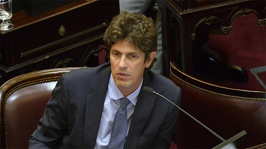 Martín Lousteau propuso cambios en el proyecto.