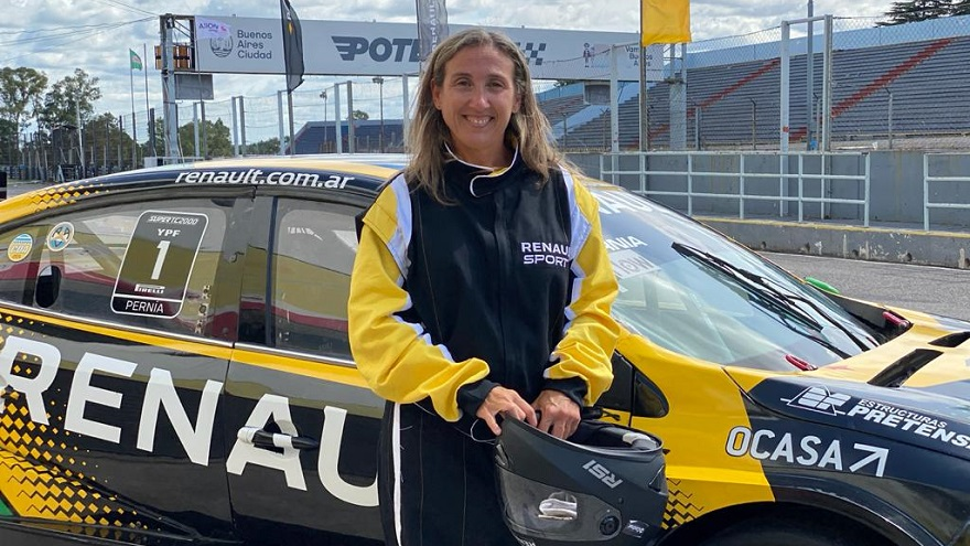 Listos para probar el Renault de competición.