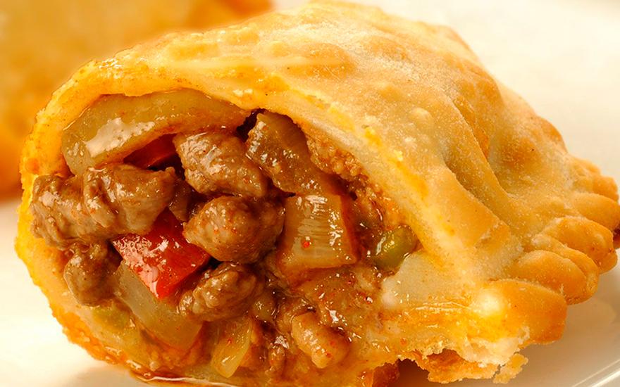 Las empanadas de carne cortada a cuchillo son un clásico y de las preferidas por los argentinos