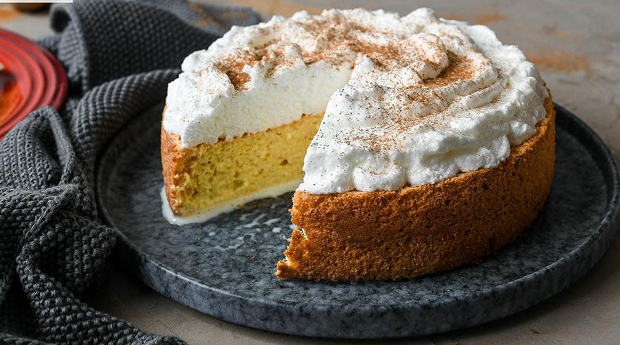 La torta tres leches es la receta perfecta para hacer un postre rico y sumamente sencillo