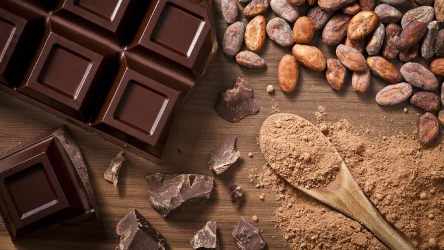 El consumo de chocolate u otro dulces podría predisponer al desarrollo de caries