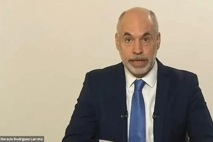 El discurso de Rodríguez Larreta ransmitido por videoconferencia desde su casa ya que permanece aislado tras su viaje a Brasil