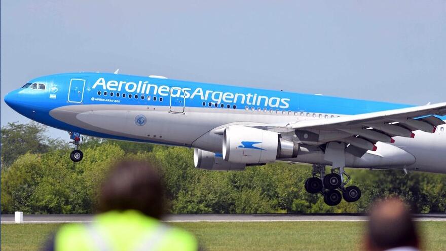 La estatal ampliará su oferta a Miami, Nueva York y Madrid, entre otros destinos.